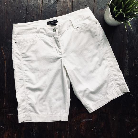 White House Black Market Pants - WHITE HOUSE BLACK MARKET White Bermuda Short 6 NEW